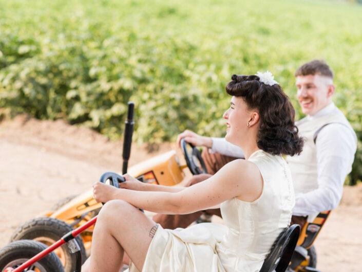 trouwfotograaf spontaan retro vintage huwelijksfotograaf