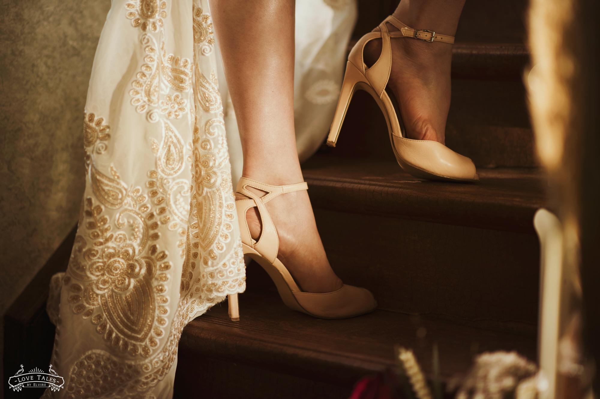 trouwfotograaf trouwreportage fairytale sprookje disney trouwschoenen