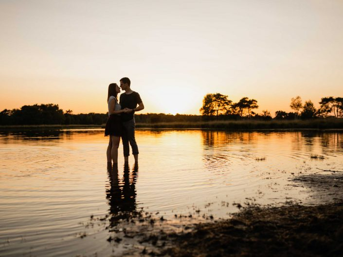 love shoot fotograaf golden hour water natuur