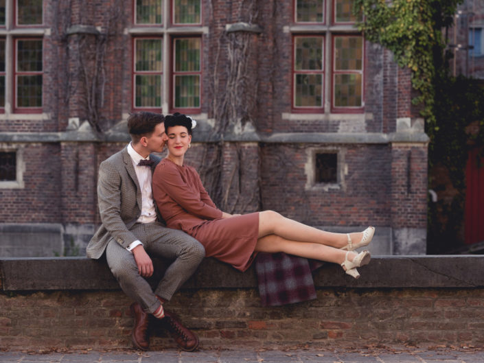 vintage love shoot Brugge verlovingsshoot