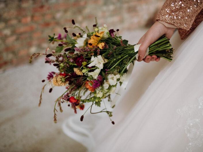 trouwfotograaf trouwboeket veldboeket