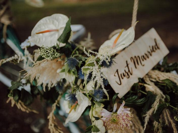 just married trouwen trouwfotograaf huwelijksfotograaf